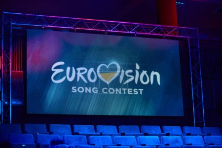 Photo pour KYIV, UKRAINE - FEBRUARY 23, 2019: Logo Eurovision 2019 national selection during the Eurovision-2019 - image libre de droit