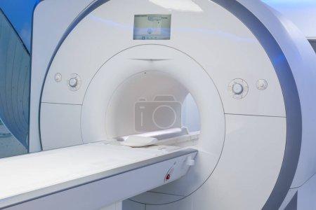 Photo pour Imagerie par résonance magnétique (IRM) à l'hôpital . - image libre de droit