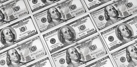Photo pour Billets de cent dollars. Dollars Closeup Concept. Dollars américains Argent comptant . - image libre de droit