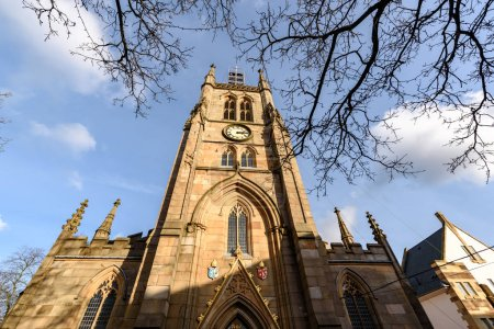 Photo pour La cathédrale de Blackburn est l'une des plus récentes cathédrales d'Angleterre, mais c'est l'un des plus anciens lieux de culte chrétien du pays, Blackburn, Lancashire, Royaume-Uni . - image libre de droit