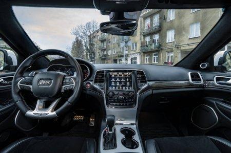 WarszawaPolandNovember 2018 2018 Jeep Grand