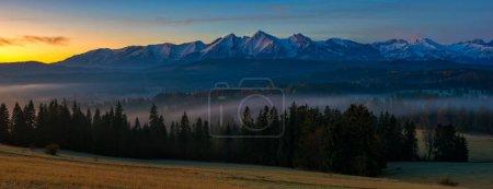 Foto de Panorama de las montañas de Tatra - Imagen libre de derechos
