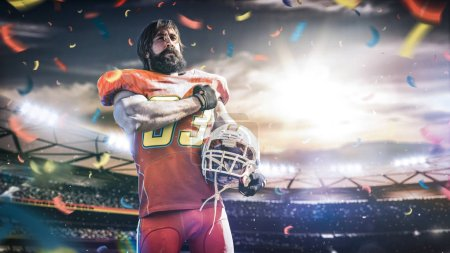 Photo pour Football américain sportif joueur sur le stade en action. Fond d'écran sport avec copyspace . - image libre de droit