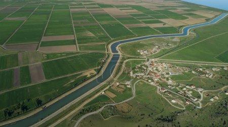 agricultura de regadío, hábitats rurales, economía y crecimiento en agr