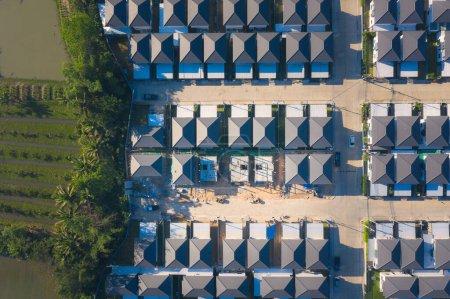 Photo pour Immobilier et travaux de construction en vue aérienne, Chiang Mai de Thaïlande. - image libre de droit