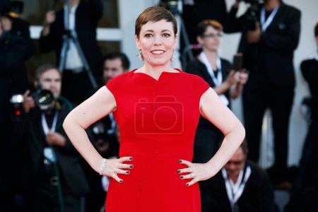 Photo for VENICE, ITALY - SEPTEMBER 08: Olivia Colman walks the red carpet of the Award Ceremony during the 75th Venice Film Festival on September 8, 2018 in Venice, Italy. - Royalty Free Image