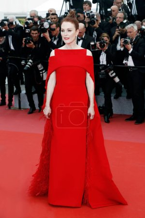 Photo for CANNES, FRANCE - MAY 08: Julianne Moore attends the screening of 'Everybody Knows' and the opening gala during the 71st Cannes Film Festival on May 8, 2018 in Cannes, France. - Royalty Free Image