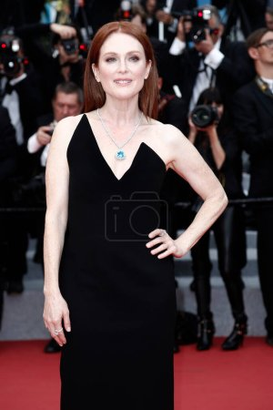 Photo for CANNES, FRANCE - MAY 09: Actress Julianne Moore attends the screening of 'Yomeddine' during the 71st Cannes Film Festival on May 9, 2018 in Cannes, France. - Royalty Free Image