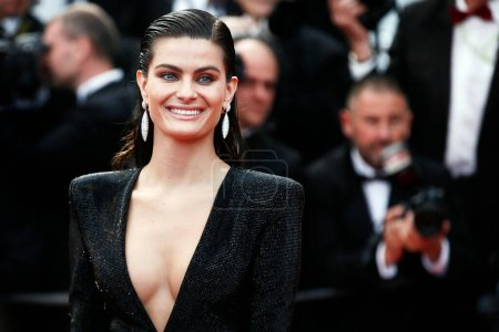 Photo for CANNES, FRANCE - MAY 13: Model Isabeli Fontana attends the screening of 'Sink Or Swim' during the 71st Cannes Film Festival on May 13, 2018 in Cannes, France. - Royalty Free Image