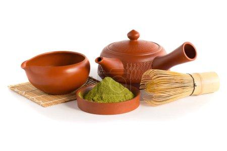 Photo pour Ensemble de cérémonie du thé Matcha vert biologique - image libre de droit