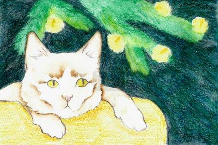 Photo pour Carte postale pour Noël et le Nouvel An. Le chat est assis sous un arbre décoré d'une guirlande sur un doux oreiller jaune. Fond sombre. Fabriqué avec aquarelle et crayons d'aquarelle. - image libre de droit