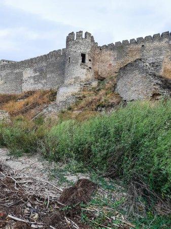 Photo pour The ancient towers of the restored castle. - image libre de droit