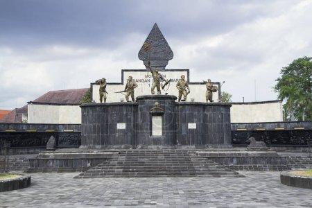 Photo pour Monumen serangan umum 1 maret. Yogyakarta monument de la ville - image libre de droit
