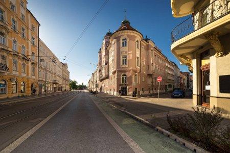 Photo pour Art Nouveau residential house, Sturova street in Bratislava, Slovakia. - image libre de droit
