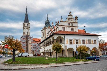 Photo pour Town Hall, St. James Church, Levoca,Slovakia - image libre de droit