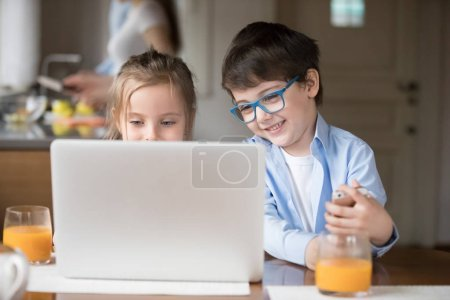 Cute happy kids watch online