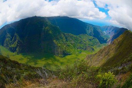 Photo pour Beau paysage volcanique au parc national de la Réunion à l'île de la Réunion . - image libre de droit