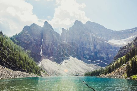 Photo pour Belle vue sur Lake Louise, Banff, Canada - image libre de droit