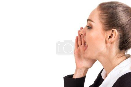 Photo pour Femme d'affaires chuchotant potins isolés sur fond blanc - image libre de droit