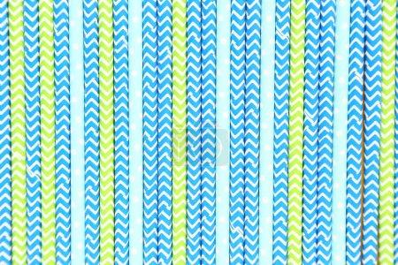 Photo pour Fond de pailles de papier colorées - image libre de droit