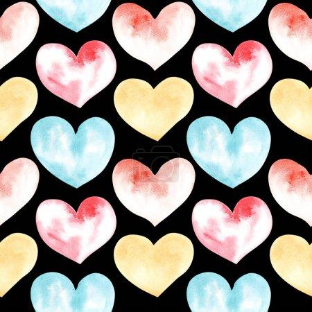 Illustration eines Aquarells, das nahtlose Muster von Herzformen auf dem Hintergrund zeichnet. Silhouetten von Herzformen auf dem Hintergrund.