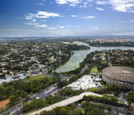 Foto de Belo Horizonte, Minas Gerais, Brasil. Vista aérea del lago Pampulha - Imagen libre de derechos