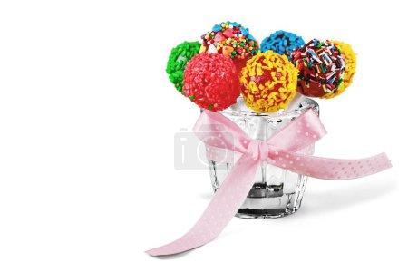 Photo pour Le gâteau coloré éclate sur le fond, fermez vers le haut - image libre de droit