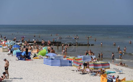 Photo pour 12 juillet 2018 - Ostrow, Pologne: polonais de la mer Baltique au cours de l'été - image libre de droit