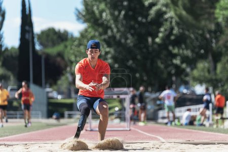 Photo for Disabled man athlete training with leg prosthesis. Disabled Sport Concept - Royalty Free Image
