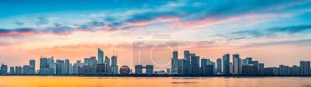 Photo pour Hangzhou quartier financier immeuble de bureaux nuit v architecture - image libre de droit