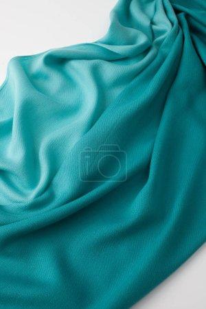 Photo pour Tissu fond de couleur à la mode en tissu dégradé avec des plis. Copier le texte espace . - image libre de droit