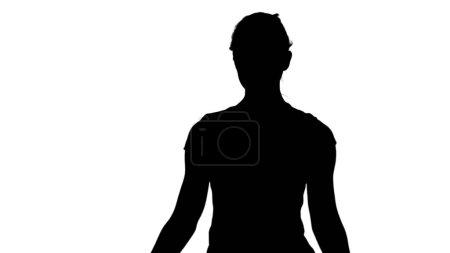 Photo pour Jeune femme pratiquant la méditation piste mat. Ferme là. Tir professionnel en résolution 4K. 078. Vous pouvez l'utiliser par exemple dans votre vidéo commerciale, d'affaires, de présentation, de diffusion vidéo . - image libre de droit