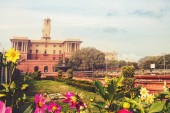 Flowers in a formal garden, Mughal Garden, Rashtrapati Bhavan, New Delhi, India. main architectural Attractions of the Indian in new Delhi
