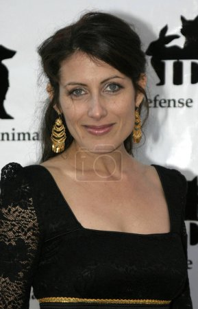 Photo for 30 October 2004 - Los Angeles, California - Lisa Edelstein. In Defense of Animals Hosts 2nd Annual Guardian Award at the Paramount Studios in Los Angeles. - Royalty Free Image