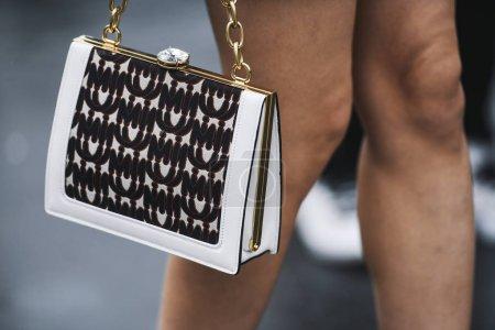 close-up, bag, luxury, beautiful, elegance, girl - B265179166