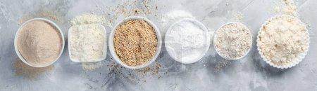 Photo pour Concept gratuit de gluten - sélection des autres farines et ingrédients, espace copie - image libre de droit