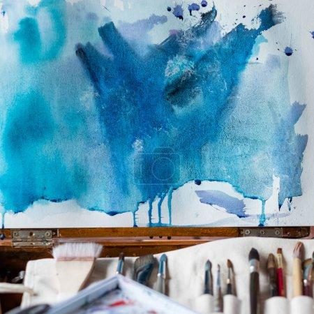 arte terapia clase acuarela abstracto azul pintura