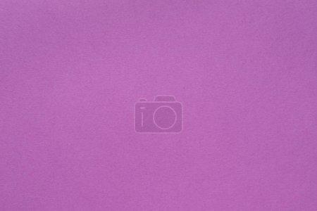 Photo pour Fond de texture de papier violet. couche monochrome abstraite. concept d'espace vide . - image libre de droit