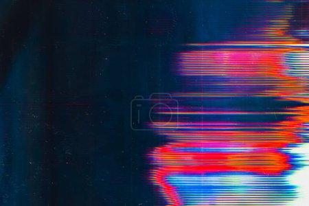 Photo pour Dommages sur écran. Erreur de bug numérique. Lueur colorée sur fond bleu sarcelle . - image libre de droit