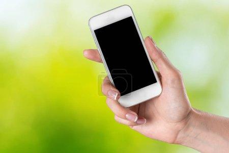 Mujer mano holding moderno smartphone
