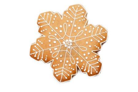 Biscuit au pain d'épice maison de Noël isolé sur fond blanc