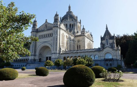 The famous basilica of St. Therese of Lisieux in N...