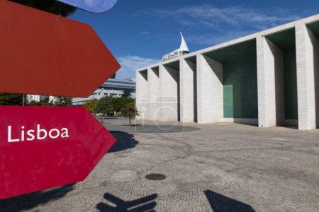 Photo pour Vue du pavillon du Portugal (Pavilhao de Portugal) au parc des Nations, dans la ville de Lisbonne, au Portugal - image libre de droit