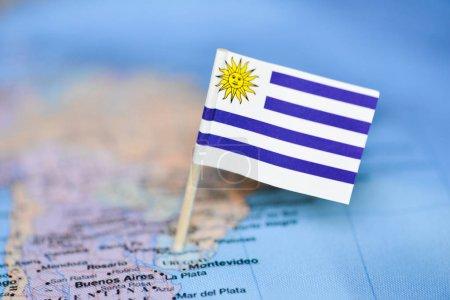 Photo pour Carte avec le drapeau de l'Uruguay - image libre de droit