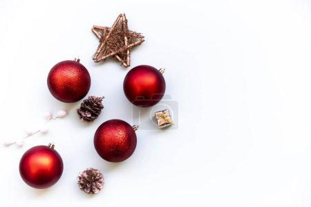Photo pour Christmas composition isolated in white. Christmas background. - image libre de droit
