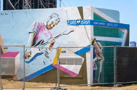 Photo pour TEL AVIV, ISRAEL. May 11, 2019. Backstage preparations to the international Eurovision song contest in the Eurovision village in the central Tel Aviv. Eurovision 2019 concept, Dare to dream. - image libre de droit