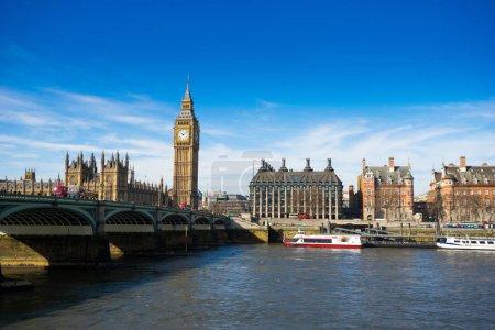 Photo pour Big Ben et Westminster abbaye à Londres - image libre de droit