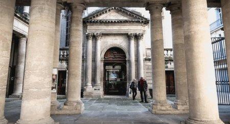 Photo pour Montpellier, France - 2 janvier 2019 : détail architectural de la Chambre de Commerce et d'Industrie de Montpellier lors d'une journée d'hiver - image libre de droit