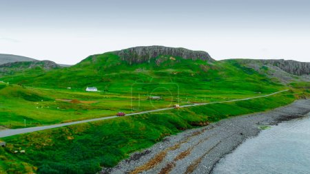 Photo pour Paysage incroyable sur l'île de Skye en Écosse - vue aérienne - image libre de droit