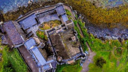 Photo pour Incroyable Ecosse - Eilean Donan Castle à Loch Duich - image libre de droit